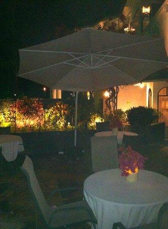 La Mansion Inn: Dining area