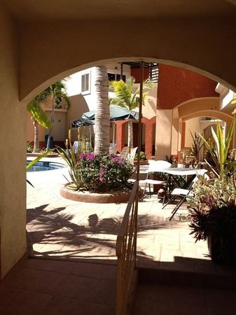 Coco Cabanas Loreto: Beautiful gardens