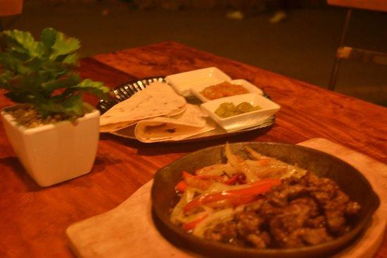 Los Guapos Restaurant