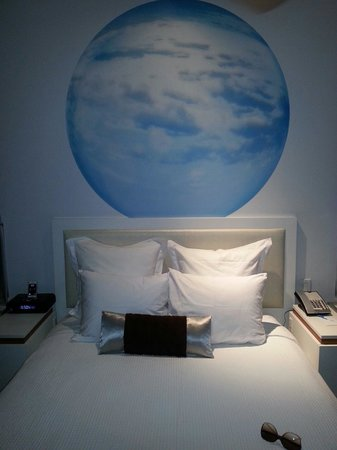 Blue Moon Hotel - Autograph Collection : Rooms are small and quaint but clean and nice.