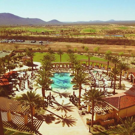 Casino Del Sol Resort: A view of the pool from the rooms.