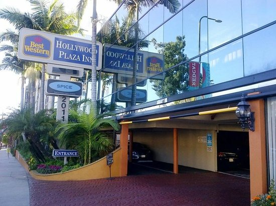 Best Western Hollywood Plaza Inn: Convenient location