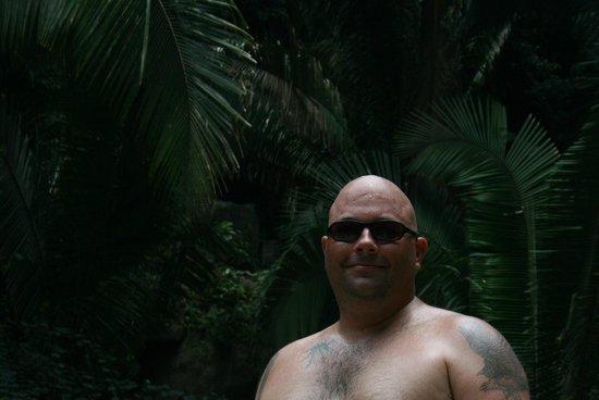 Yelapa Waterfalls: Hiking through the jungle at Yelapa