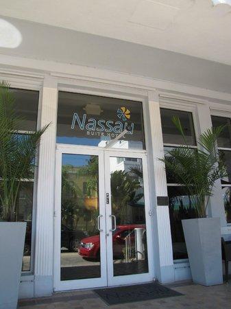 Nassau Suite Hotel: excelente atencion