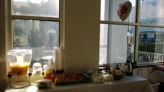 Nassau Suite Hotel: desayuno