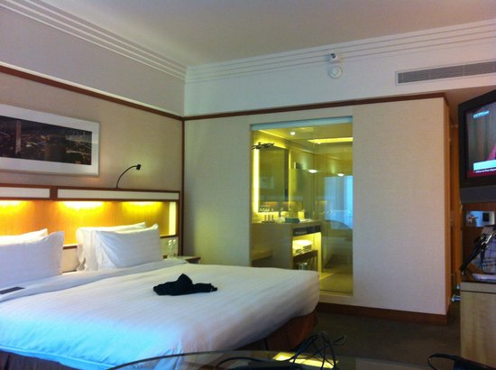 Pan Pacific Singapore: The room