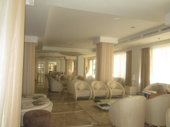 Beloved Playa Mujeres : Lobby Area