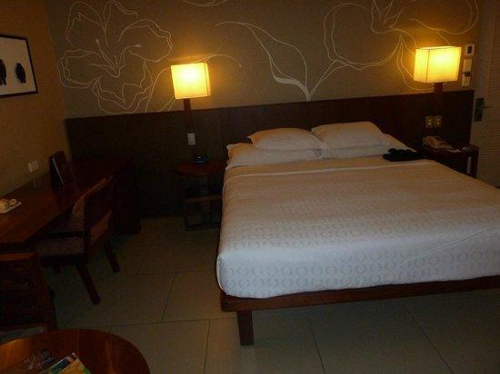 Sheraton Fiji Resort: The room