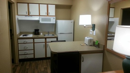 Extended Stay America - Miami - Airport - Doral: Mini Kitchen