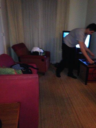 Residence Inn Newark Elizabeth/Liberty International Airport: Our Suite
