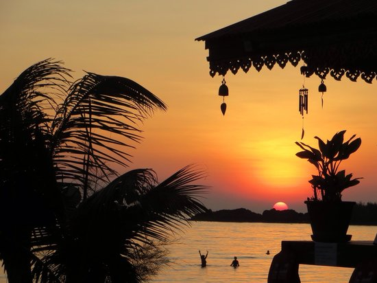 Koh Chang Resort & Spa: Sunset view from just outside our cottage (Cottage A-7)