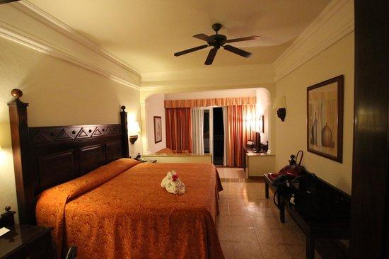 Hotel Riu Palace Cabo San Lucas: room