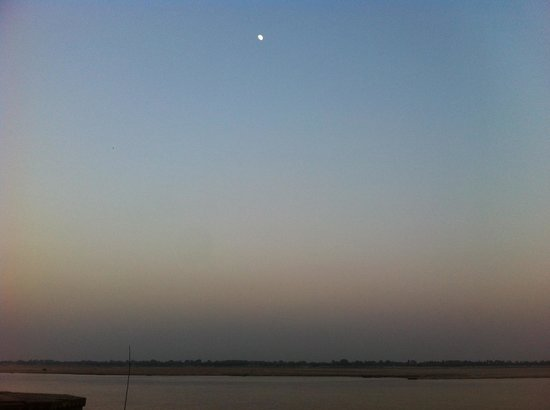 Om REST HOUSE: Ganga view from rooftop