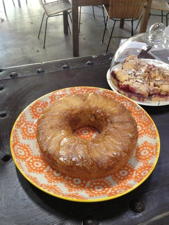The Refinery: Upside Down Pear cake