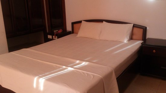 An Binh Hotel : Double Bed