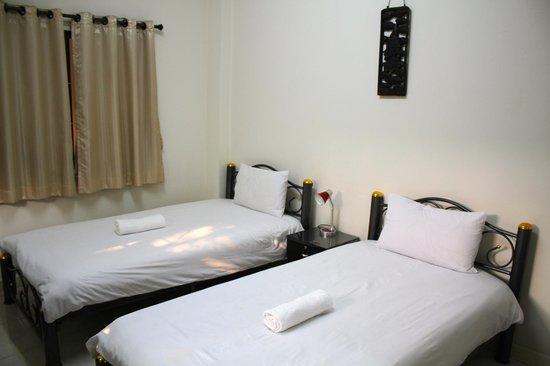 Varada Place: Twin room