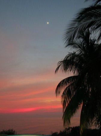 Vista Hermosa Boutique Bed & Breakfast: Sunset