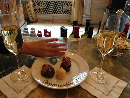 The Plaza: Complimentary Champagne and desserts after proposal