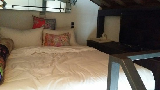 The Daulat: The loft bed..super cosy but definitely a haven to sleep in