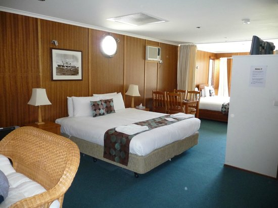 Point Lonsdale Guesthouse Hotel: Double bed