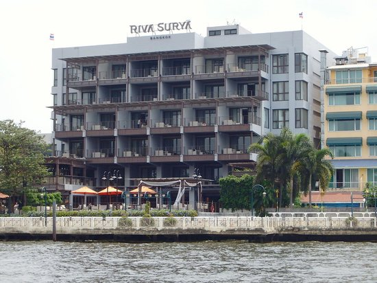 Riva Surya Bangkok: The hotel from the river