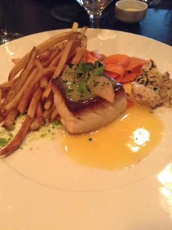 Bistro 101 at Pacific Institute of Culinary Arts: The juicy ling cod filet. Loved the sauce too.