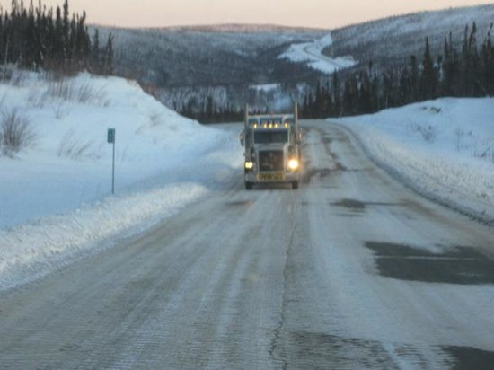 1st Alaska Tours: Fearless Trucker on The Dalton Highway