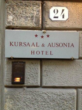 Hotel Kursaal Ausonia: Por fuera del hotel