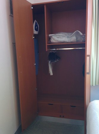 SpringHill Suites Cincinnati Midtown: Mobility accessible room closet - unable to use iron (out of reach). Inadequate space to access