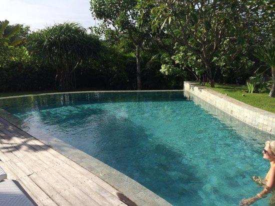 The Layar - Designer Villas and Spa: Pool 2 BR