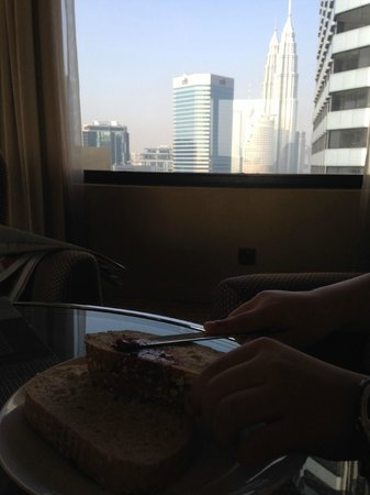 DoubleTree by Hilton Kuala Lumpur : Breakfast at the executive lounge