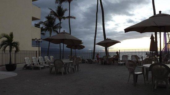 San Marino Hotel: patio