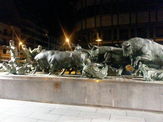 Monumento al Encierro: a correr