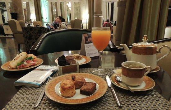 Savoy Hotel: Chá da tarde muito saboroso