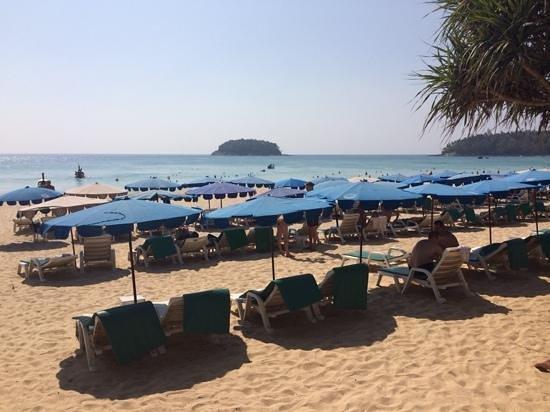 Sugar Palm Grand Hillside: пляж Kata