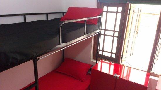Kandy City Hostel : 6 bed mixed dorm