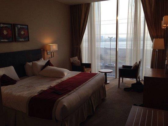Golden Tulip Al Jubail : View from bedroom in 3rd floor.
