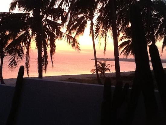 Phaidon Beach Resort: sunset at Phaidan