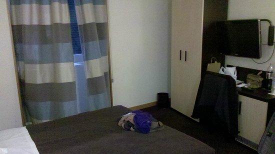 Tritone Hotel : room