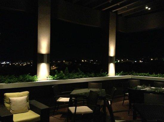 Wyndham Garden San Jose Escazu : Terrasse