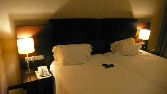 Hotel Olissippo Oriente: Habitación