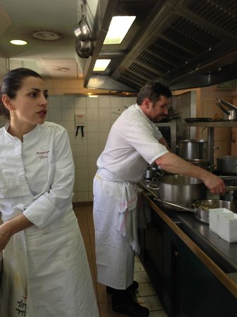 Manoir de la Roseraie : Le chef et la seconde de cuisine