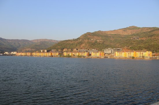 The Waterfront Shaw, Lavasa : The view of the city from the 'Link Road' bride