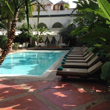 zwembad picture of les jardins de la medina marrakech tripadvisor. Black Bedroom Furniture Sets. Home Design Ideas