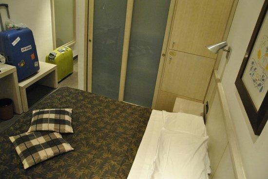 Hotel De Petris: Poco espacio