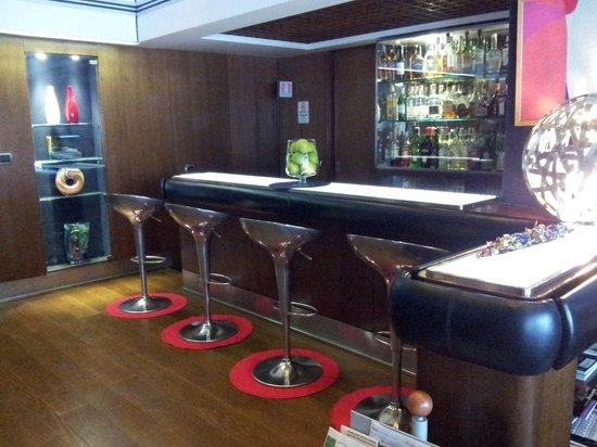 Hotel Mediolanum Milan: Bar