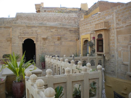 Hotel Killa Bhawan: Terrace