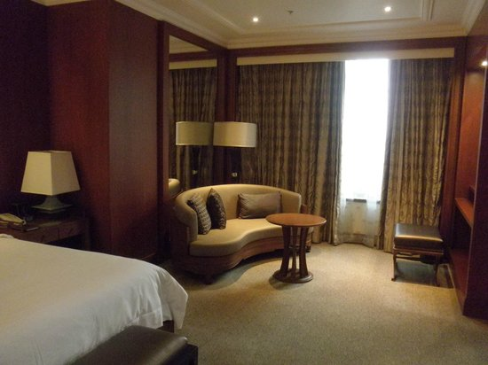 Sheraton Grande Sukhumvit, A Luxury Collection Hotel: guest room