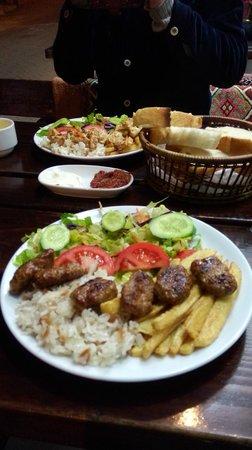 Mehmet and Ali Baba Kebab House: kebab