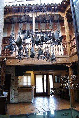 El Hostal Puerta Bisagra: Hall